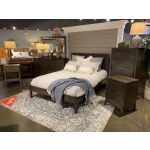 Saratoga Queen Bed