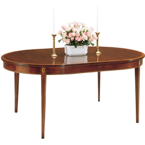 Monroe Place Dining Table w/ 2 Leaves & Highlighted Border