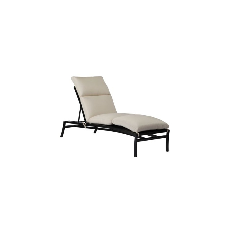 Aire Chaise Lounge