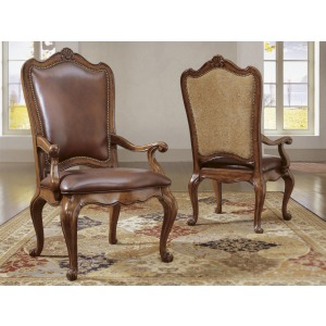 Villa Cortina Leather Upholstered Back Arm Chair