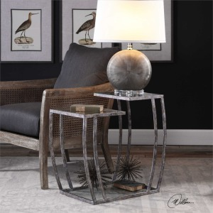 Teeranie, Accent Table