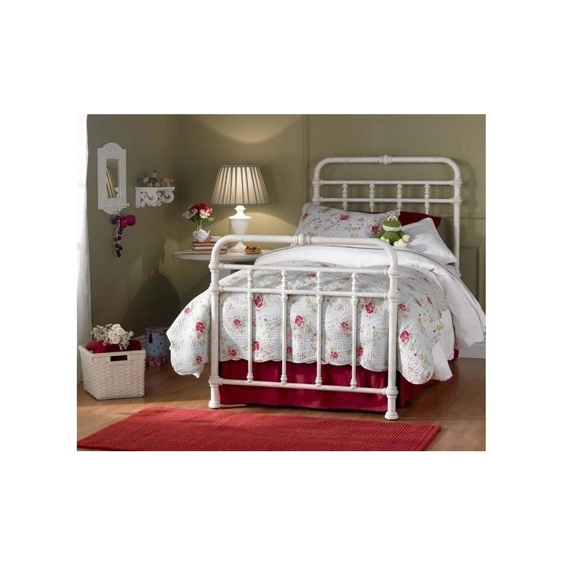 Laredo Iron Twin Beds