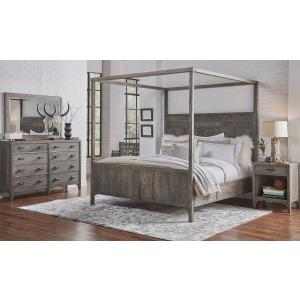 Canopy Bed - Queen